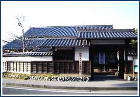 小泉八雲記念館(お車で約15分)